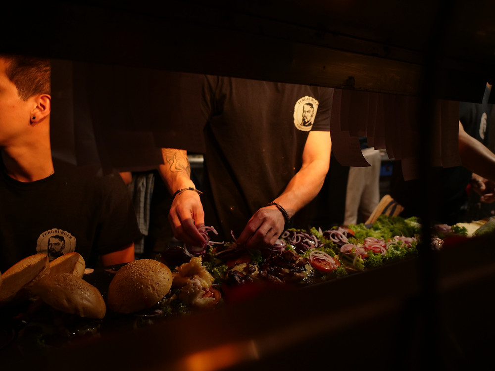 Fergburger kitchen