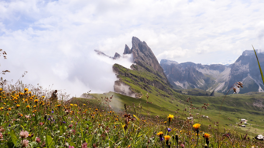Itinerary for Seceda 2500m in Dolomites Italy