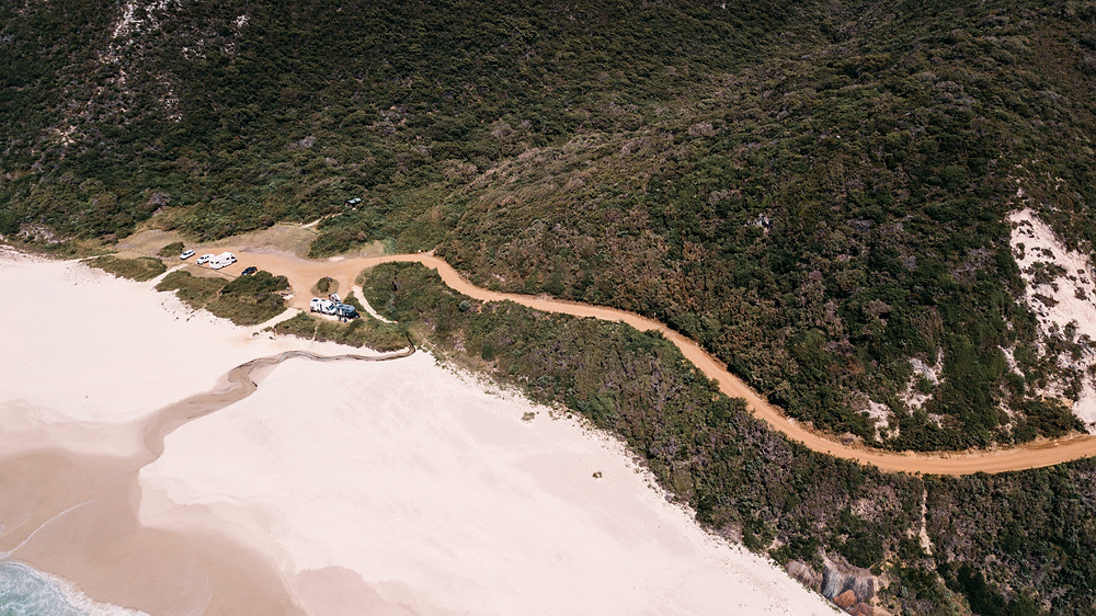 The driving track down to Shelley beach