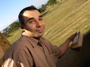 """""""Procuro sempre trabalhar numa perspectiva interdisciplinar"""" revela o Prof. Dr. Álvaro Bra"""
