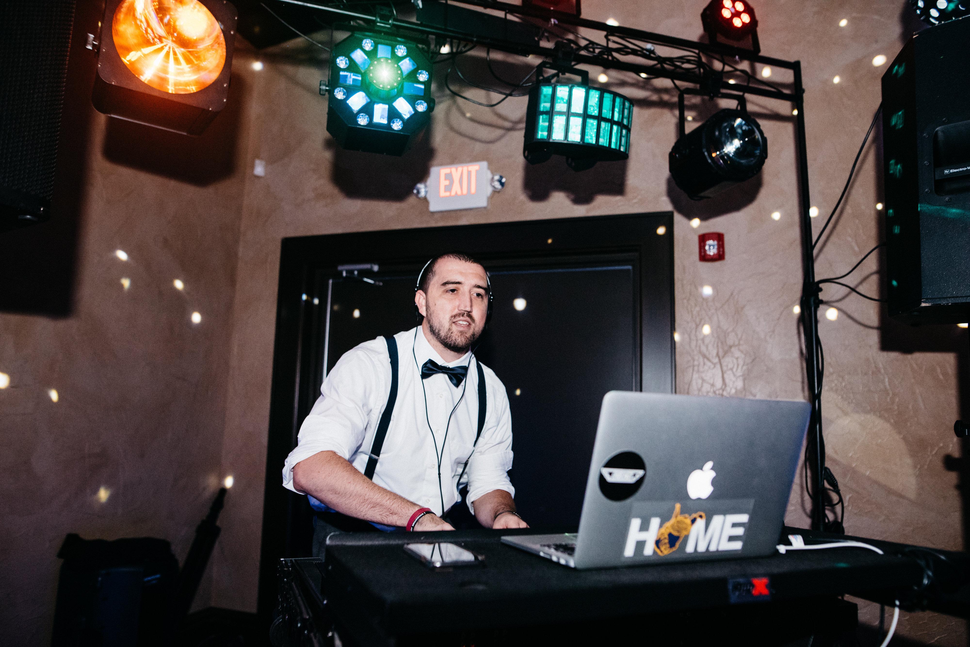 DJ Todd -  6.10.17 Sargent.Mendenhall -Lauren Love Photo.