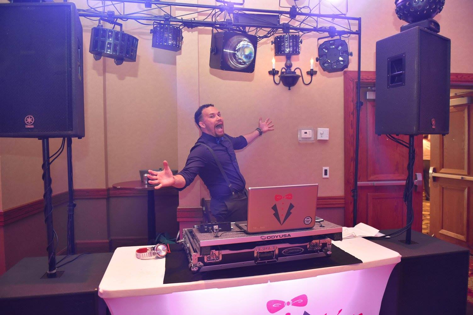DJ EJ | BRAVO~Live DJ | DJ Table