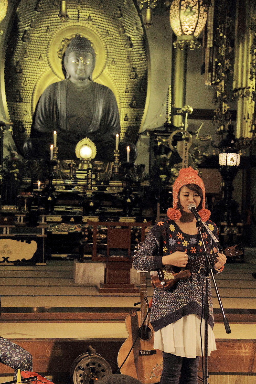 寺廟女孩的夢想 在神社裡歌唱 11.JPG