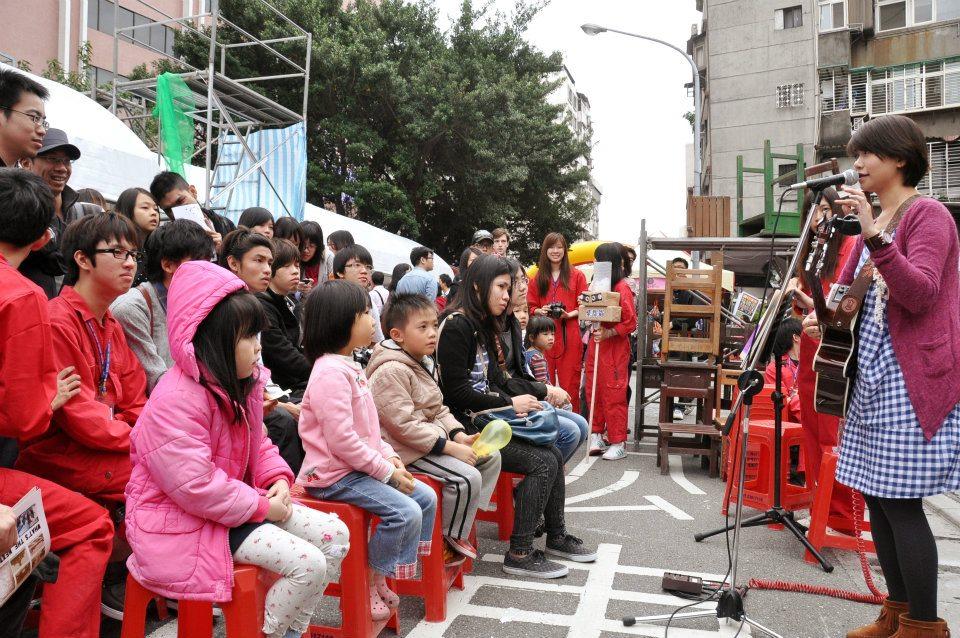 2012 街頭演出