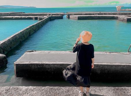 基隆一日遊 乘著飛天掃帚,徜徉海岸線。