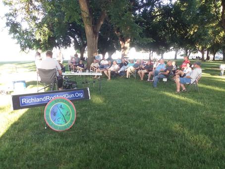 Members meet in Howard Amon Park