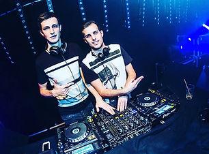 DJ D!E