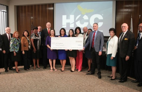 Morales Memorial Foundation establishes scholarship at HCC