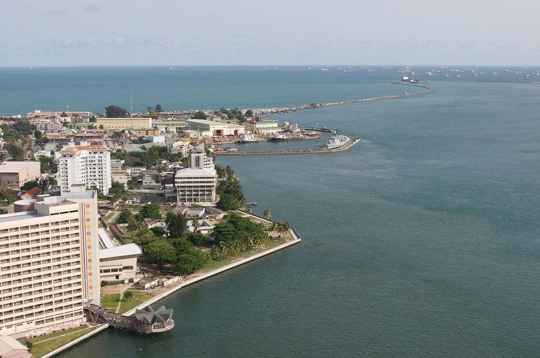 Lagos Views - Victoria Island shoreline.jpg