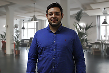 JuanDiego-BusinessPicture01.png