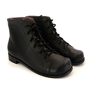 LTT boots (zoomed out).png