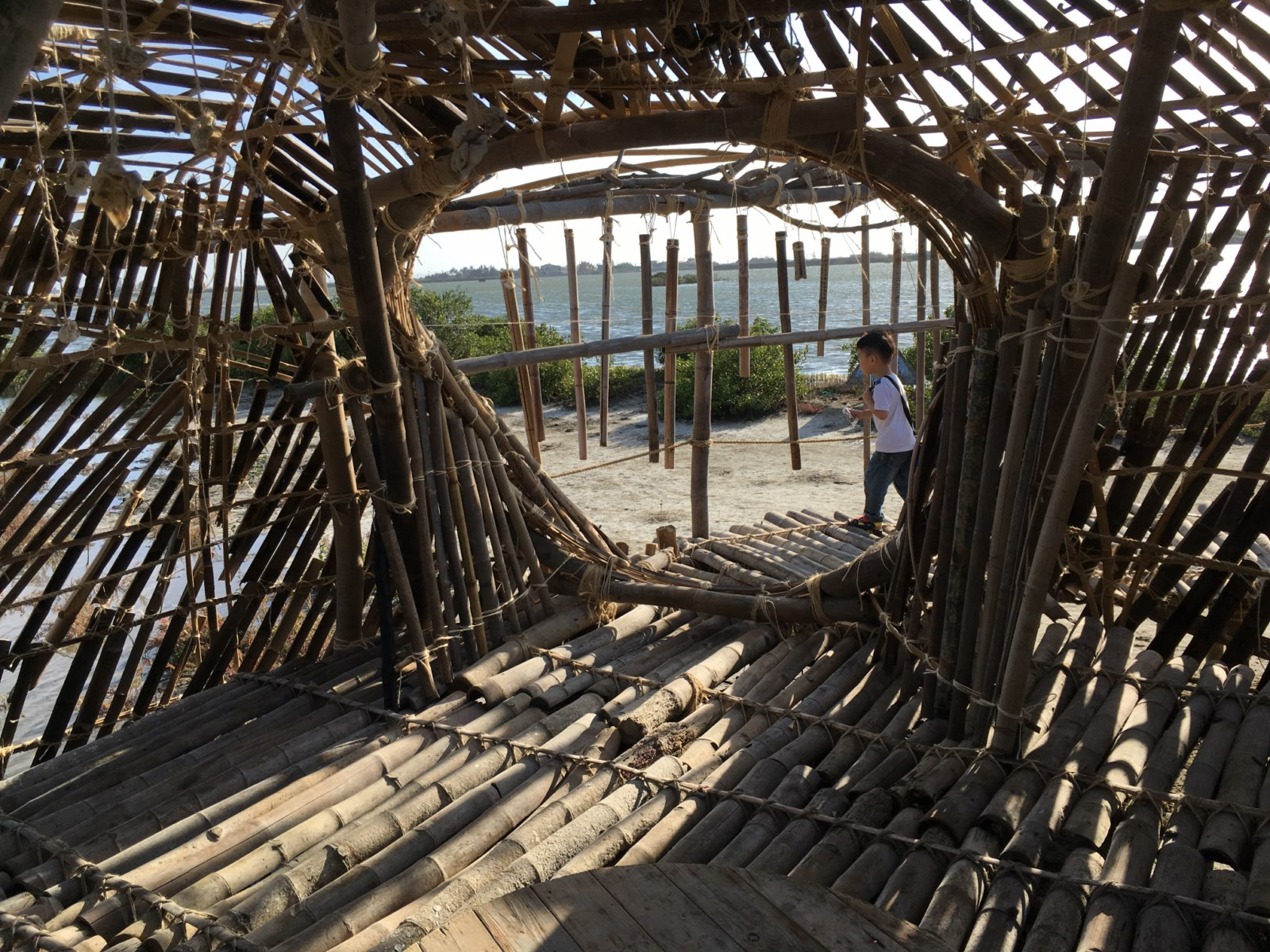 Chenglong shelter 12 [1600x1200]