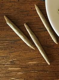 cannabis-1418334_1920.jpg