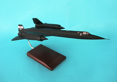 NASA SR-71 Blackbird  1/72