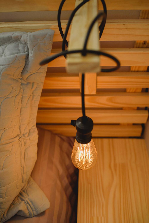 luminária de cabeceira DIY