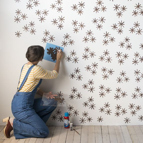 parede pintada com stencil