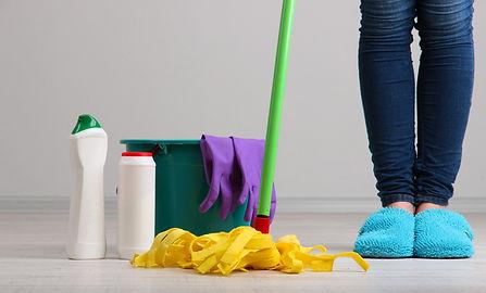 Nachhilfe Notensprung Baesweiler wird von einer qualifizierten und kompetenten Raumpflegerin sauber gehalten