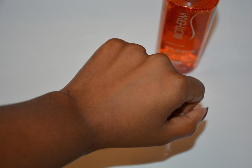 On rince et résultat, la peau est lumineuse et loin d'être sèche !