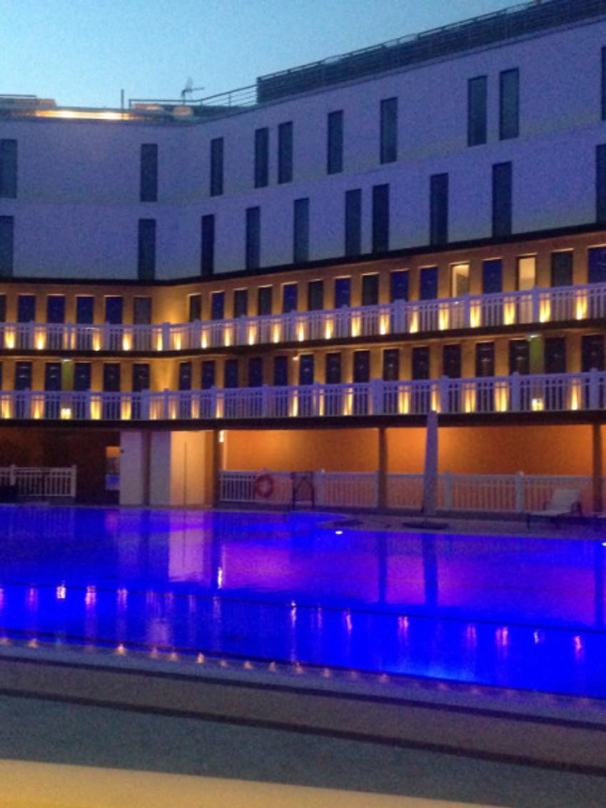 La piscine la plus prisée de Paris ouverte toute l'année et chauffée à 28°C