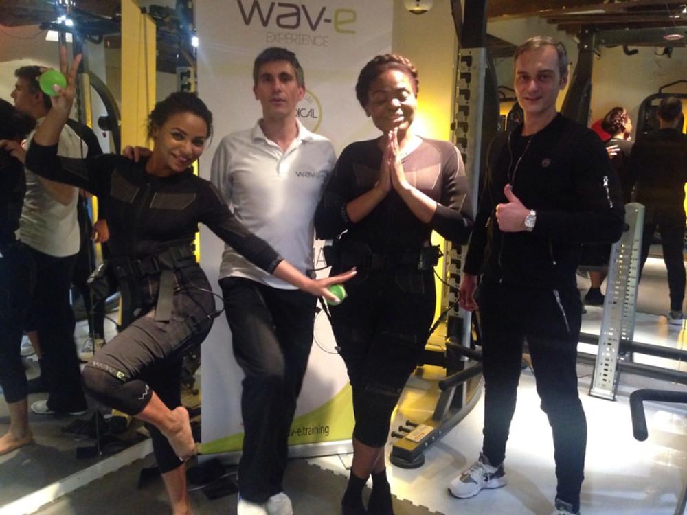 Avec la Muse Marthe, Frédéric Vaché, Directeur du studio Phisics, entraîneur sportif diplômé & Cédric Alonso, Formateur wav-e