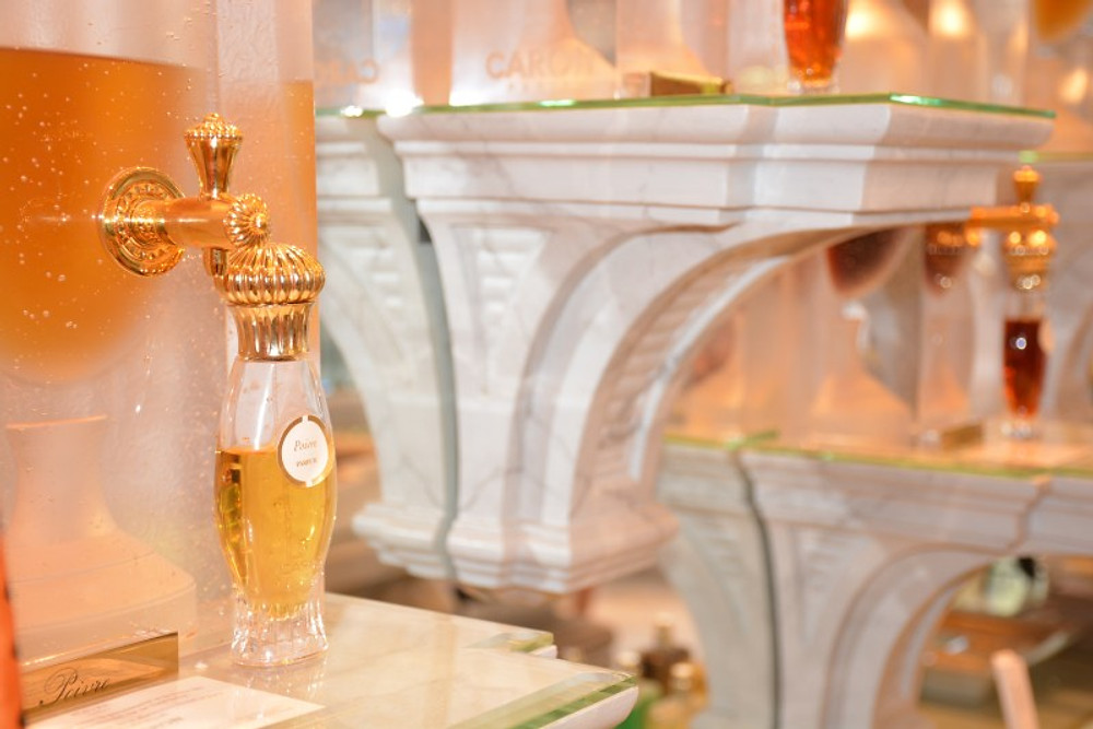 Les fameuses fontaines d'extrait de parfums.