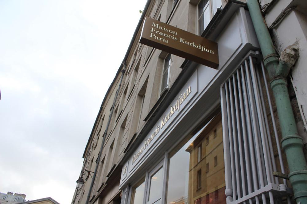 7 rue des Blancs-Manteaux Paris 4e. Du mardi au samedi de 11h à 14h et de 15h à 19h30. Le dimanche de 12h à 14h et de 15h à 19h.