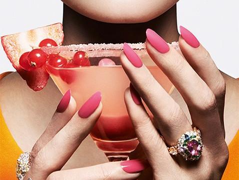5 Questions improbables sur les vernis à ongles.