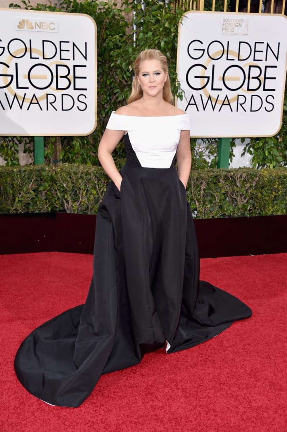 "Funnywoman Amy Schumer, who has been nominated for Best Actress in a Musical/Comedy in ""Trainwreck,"" kept things classy in a monochrome Prabal Gurung gown at the 73rd Annual Golden Globe Awards on Jan. 10, 2016."