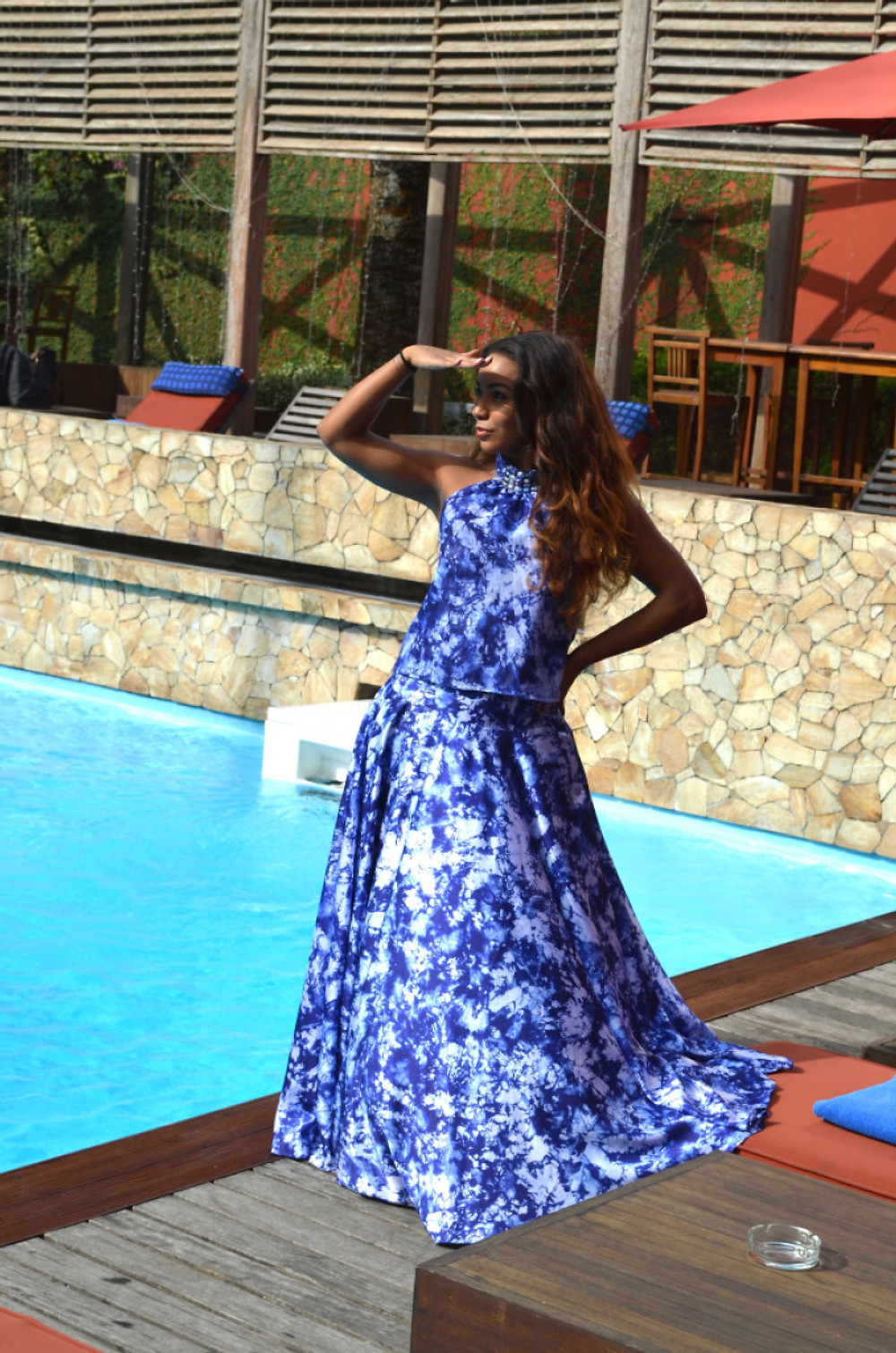 Habillée par KREYANN à l'hôtel AKWA PALACE.