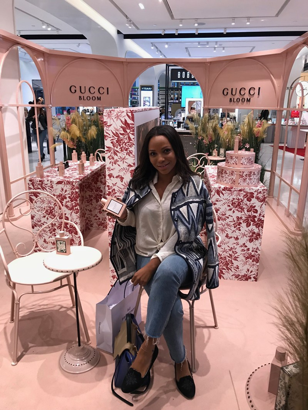 Si vous avez aimé Gucci Bloom, Vous adorerez Gucci Bloom Aqua Di Fiori (parfait pour sa saison estivale à venir)... Mais d'après instagram, il neige encore à Paris !