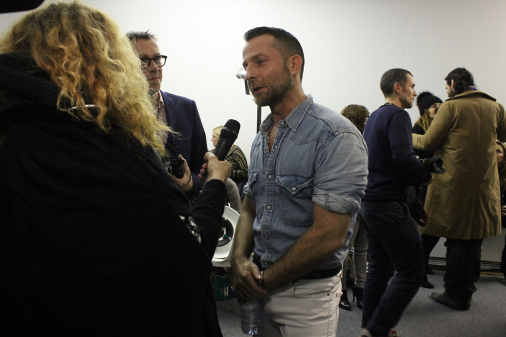 ALEXANDRE VAUTHIER AFTER THE SHOW... (backstage).