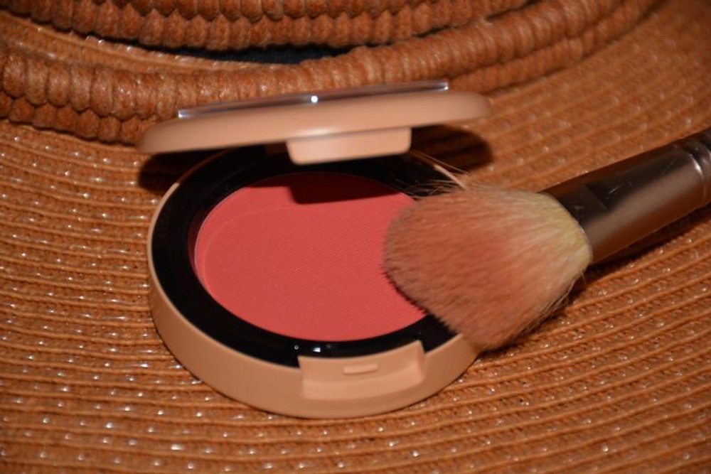 Un blush divin .... TRUE RED