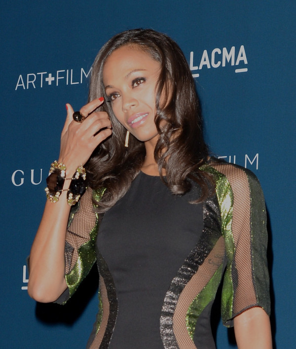 Zoe-Saldana-in-Gucci-LACMA-2013-Art-+-Film-Gala-honoring-Martin-Scorsese-and-David-Hockney-6-600x708