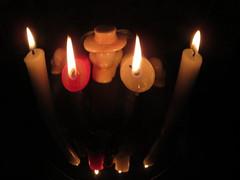 Candles  R (1).jpg