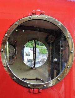 Red 5 R.jpg