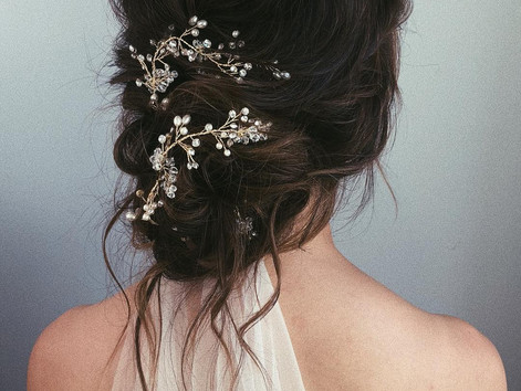 5 Romantic Themed Bridal Hairstyles