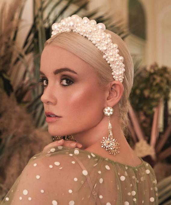 Victoria Percival Venus Halo Wedding Hairband