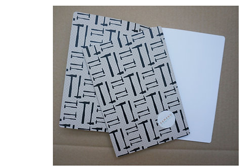 Notebook Tools grå botten A5. Rundade hörn.