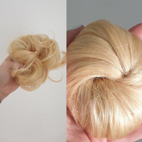 Scrunchie / Light Blonde European Hair