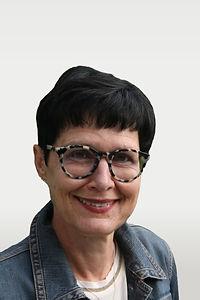 Claudia-Gubser-klein_edited.jpg