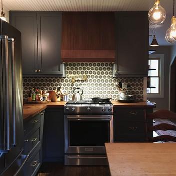 cottage_kitchen_1366.jpg