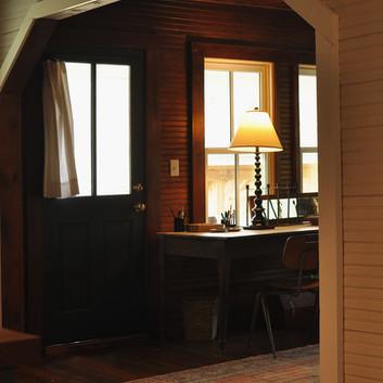 cottage_desk_0527.jpg