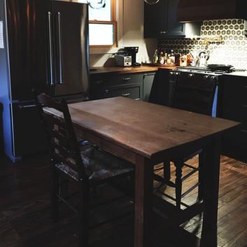 cottage_kitchen_1402.jpg