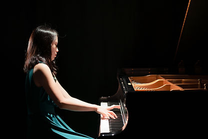 Frances Lee, pianist, photo by Shengyuan Zhou