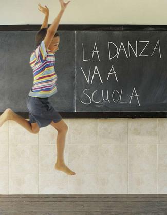 La danza va a scuola