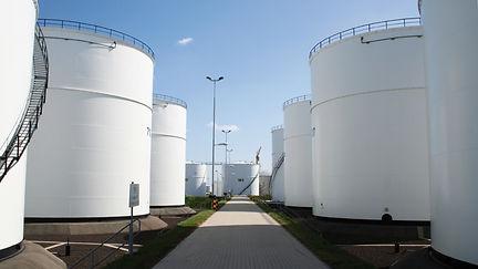 Tankstorage-Rotterdam-Minerals-slider2-1300x731.jpg