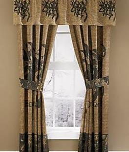 3d buckmark curtains_valance.JPG