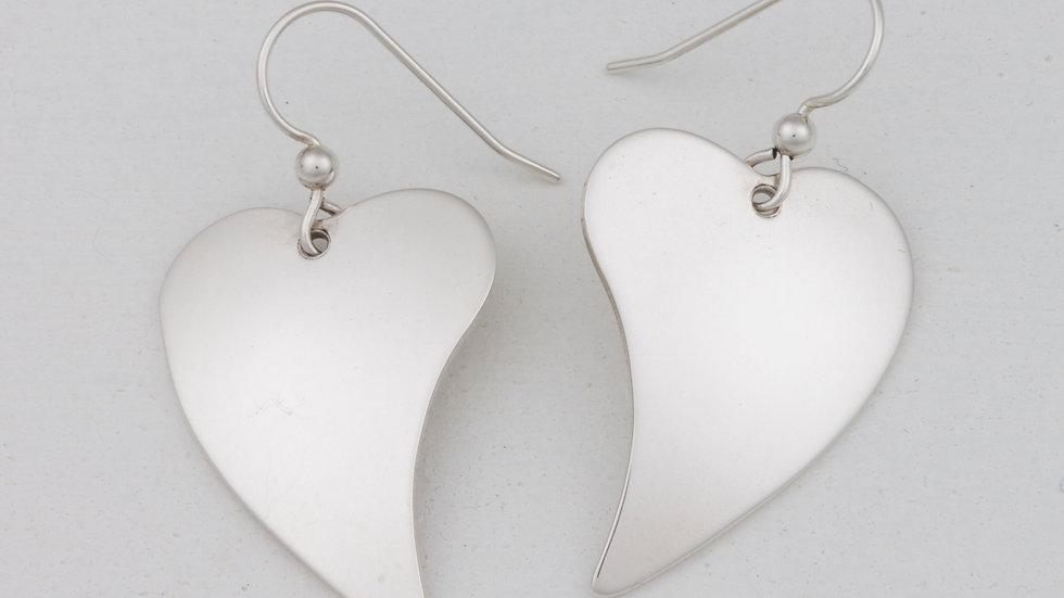Romance Simple Heart earrings