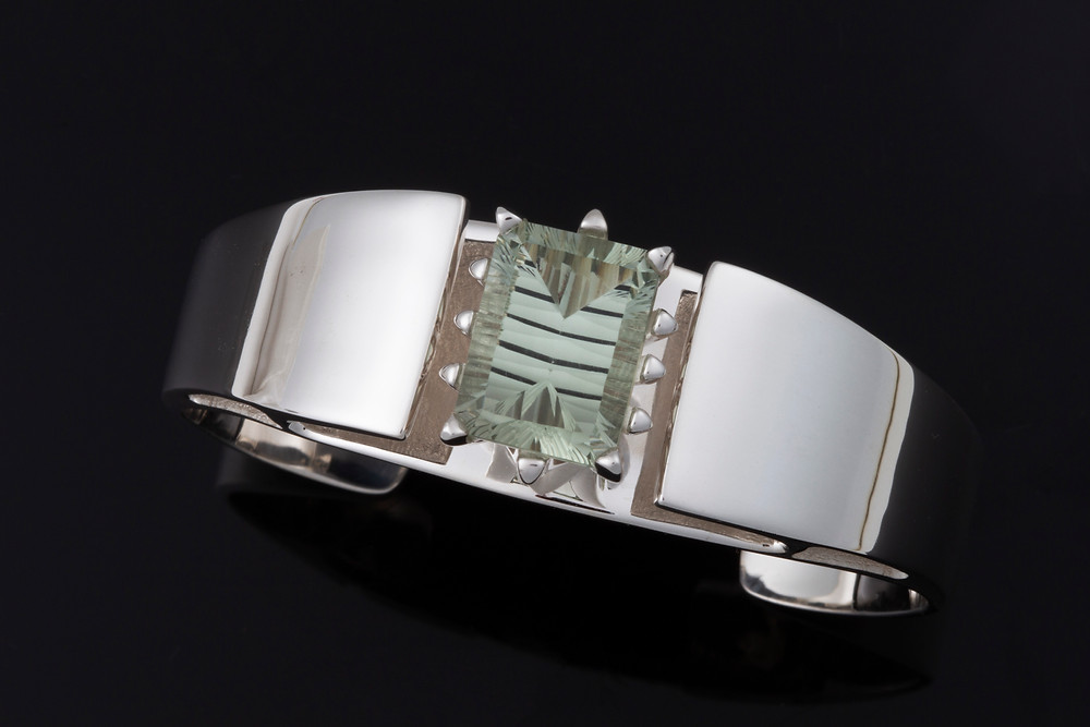 Isla cuff in Green amethyst for my Patania Collection