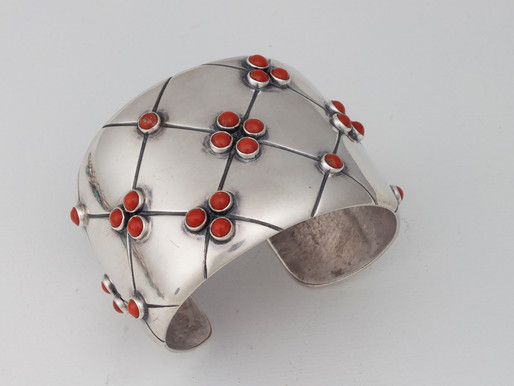 A Family of Contemporary Jewelry Designers